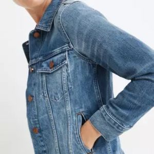 """MADEWELL """"THE JEAN JACKET"""" IN A SIZE SMALL"""